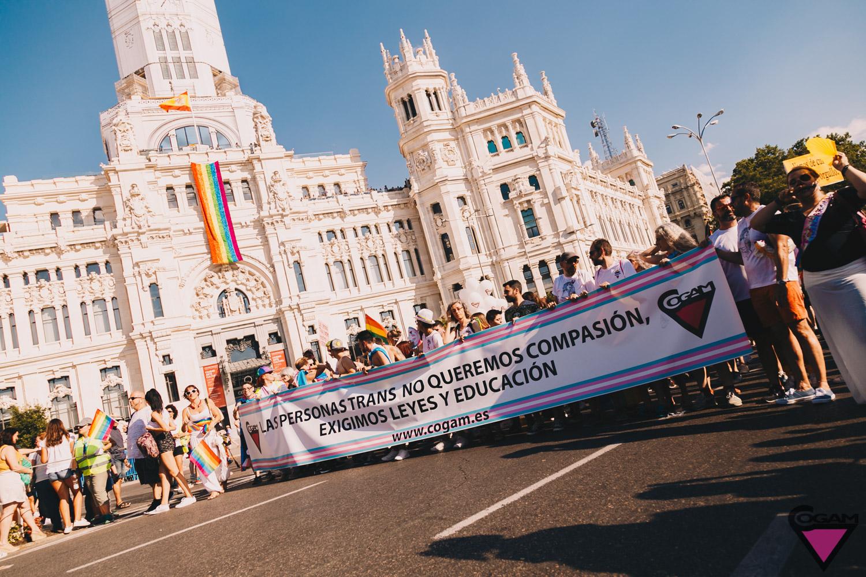 pancarta cogam orgullo 2018